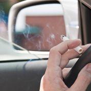 Fumer en voiture : une pollution trop élevée