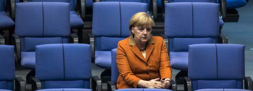 Merkel veut un droit de veto de l'UE sur les budgets nationaux