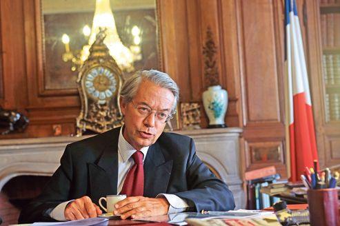 «Le gouvernement affiche sa faiblesse et son opportunisme», affirme Philippe Marini.