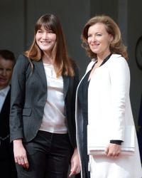 Carla Sarkozy et Valérie Trierweiler lors de la passation de pouvoirs à l'Élysée en mai dernier.