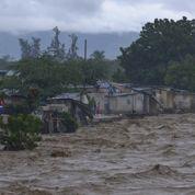 L'ouragan Sandy balaie les Caraïbes