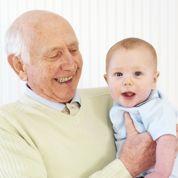 Grands-parents baby sitters: êtes-vous à la page?