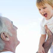 Père après 50ans : trouver sa place