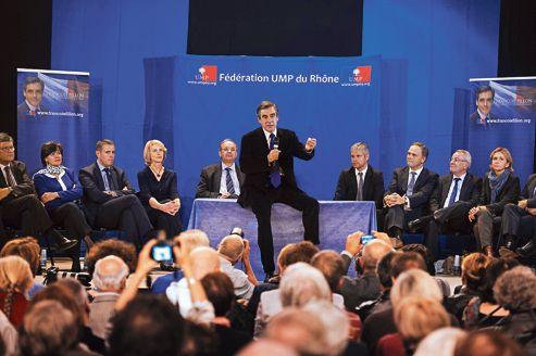 François Fillon en meeting vendredi à Oullins, dans la banlieue de Lyon.