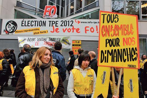 Les salari s de bricorama manifestent devant fo - Bricorama paris 19 ...