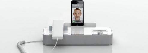 Transformer son smartphone en téléphone de bureau