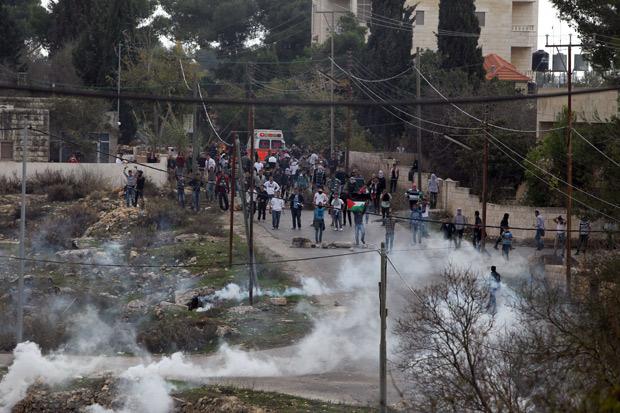 Des Tudiants De L Universit Birzeit En Cisjordanie Affrontent