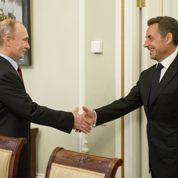 Sarkozy et Poutine se retrouvent avec joie