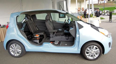 j 39 ai conduit la chevrolet spark lectrique. Black Bedroom Furniture Sets. Home Design Ideas