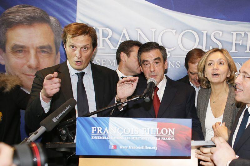 <strong>En lice.</strong> Plus mesuré que son rival, François Fillon a affirmé lundi matin au terme d'une longue nuit que son décompte des voix confirmait son «avance» face à Jean-François Copé pour la présidence de l'UMP.