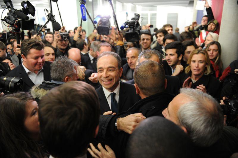 <strong>En course.</strong> Jean-François Copé a revendiqué dimanche soir sa victoire dans la course à la présidence de l'UMP, sans que les résultats définitifs ne soient connus.