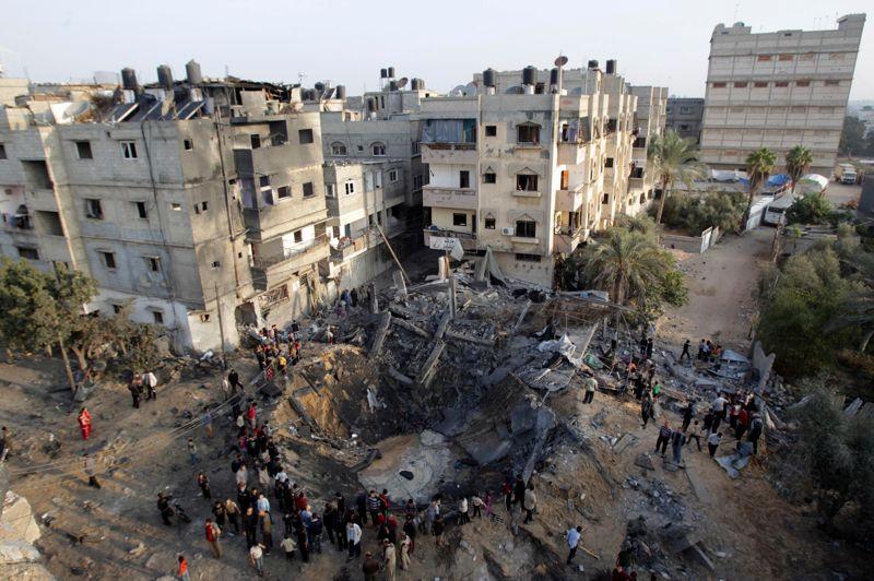 <strong>Pulvérisé.</strong> Les bombardements aériens israéliens ont fait 15 morts lundi dans la bande de Gaza, où trois blessés ont en outre succombé à leurs blessures, portant à 95 le nombre de tués en six jours d'offensive israélienne, selon des sources médicales à Gaza.
