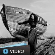 Nicki Minaj en voyage mystique dans Freedom