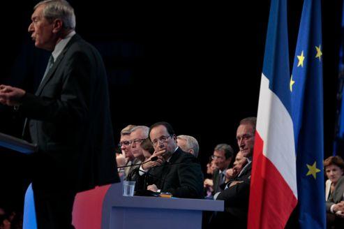 François Hollande au congrès de l'AMF, pendant le discours de son président, Jacques Pélissard, mardi à Paris.