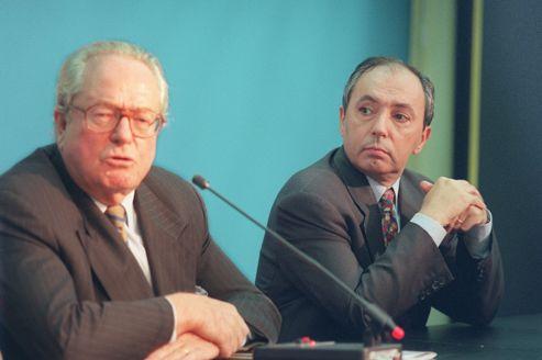 Jean-Marie Le Pen et Bruno Mégret en octobre 1998, lors de l'une de leurs dernières apparitions communes sous la bannière du FN.