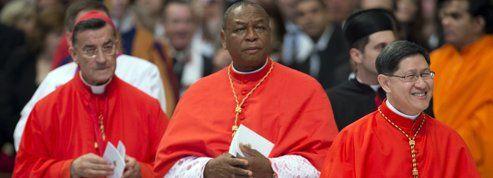 Ce que le choix de six cardinaux non Italiens par Benoît XVI peut changer