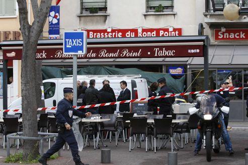 Le bar où a été commis le meurtre, lundi, à Marseille.