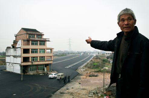Luo Baogen a accepté la proposition des autorités.