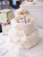 L'incontournable gâteau de couches, ou diaper cake en version originale. Crédit: Baby S Event.