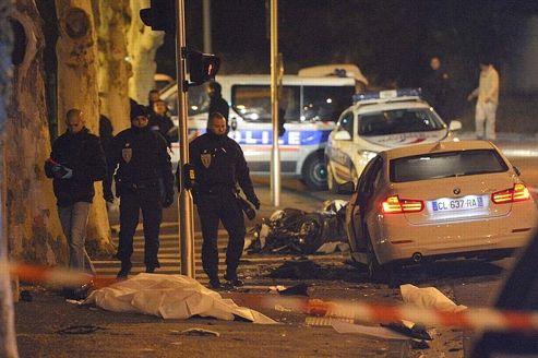 Deux des six passagers de la voiture ont été arrêtés dans leur fuite, munis de cagoules. Agés de moins de 20 ans, ils sont originaires de la Cité des oliviers, dans les quartiers nord de la ville.