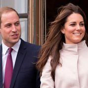 L'Angleterre ravie de la grossesse de Kate