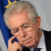 Lâché par Berlusconi, Monti va démissionner