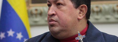 Malade, Hugo Chavez se désigne un successeur
