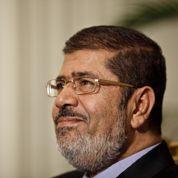 Égypte: le président Morsi tente de calmer l'opposition