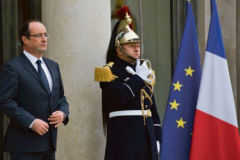 Après six mois d'exercice du pouvoir, l'état de grâce de François Hollande (ici mercredi à Paris) est bel et bien terminé.