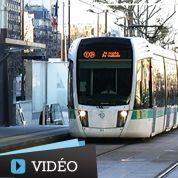 Paris : embarquement à bord du tramway T3