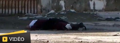 Acculé, le régime syrien accroit la violence