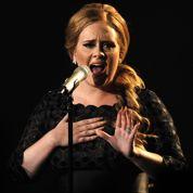 Adele élue «artiste» de l'année par AP
