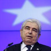 Au bord de la faillite, Chypre attend de l'aide