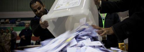 La Constitution adoptée avec 64% des voix en Égypte