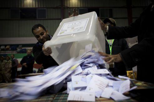 Le scrutin s'est déroulé en deux fois, les samedi 15 et 22 décembre. Les résultats définitifs seront proclamés dans deux jours.