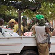 Mali: Le Drian défend une intervention rapide