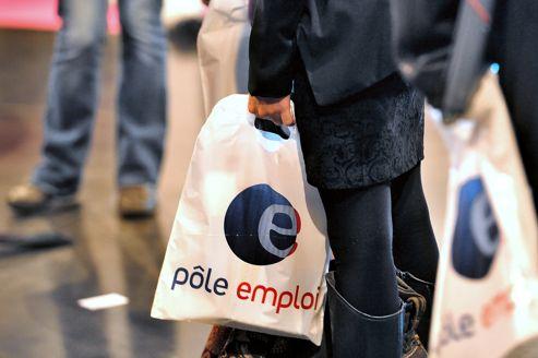 Une hausse moins forte du chômage en novembre