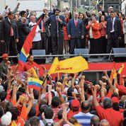 Les chavistes serrent les rangs au Venezuela