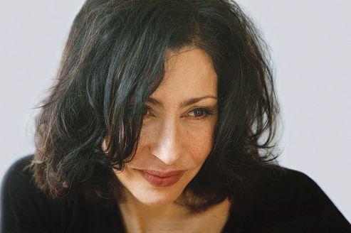 Nulle illusion métaphysique dans la société dépeinte par Yasmina Reza.