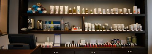 Cosmétiques : des microbilles de plastique polluent l'océan