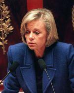 Elisabeth Guigou en novembre 1998 à l'Assemblée nationale lors du débat sur le Pacs.