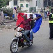 Mali : à Bamako, entre espoir et inquiétude