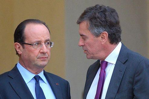 Le ministre délégué chargé du Budget, Jérôme Cahuzac, avec le président de la République François Hollande.