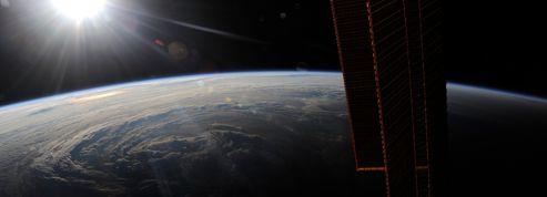 La Terre bientôt visible en direct <br/>depuis l'espace