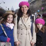 Venus de Fontainebleau, cette mère et ses deux filles n'ont pas hésité à venir protester.