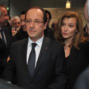 Hollande n'accable pas l'Algérie