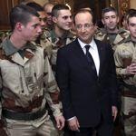«Je sais que je peux compter sur vous», a dit Hollande aux soldats du 126e régiment d'infanterie de Brive.