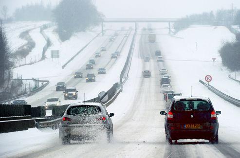 Le premier ministre avait demandé aux Français d'être particulièrement prudents sur les routes.