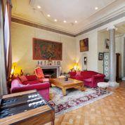 À vendre, l'hôtel particulier de Piaf