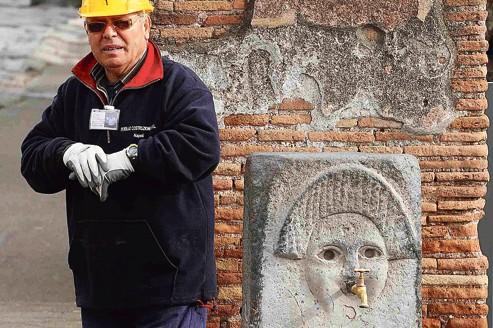 Pompéi accueille 2,3millions de touristes par an et leur nombre devrait grimper à 2,6millions en 2017.